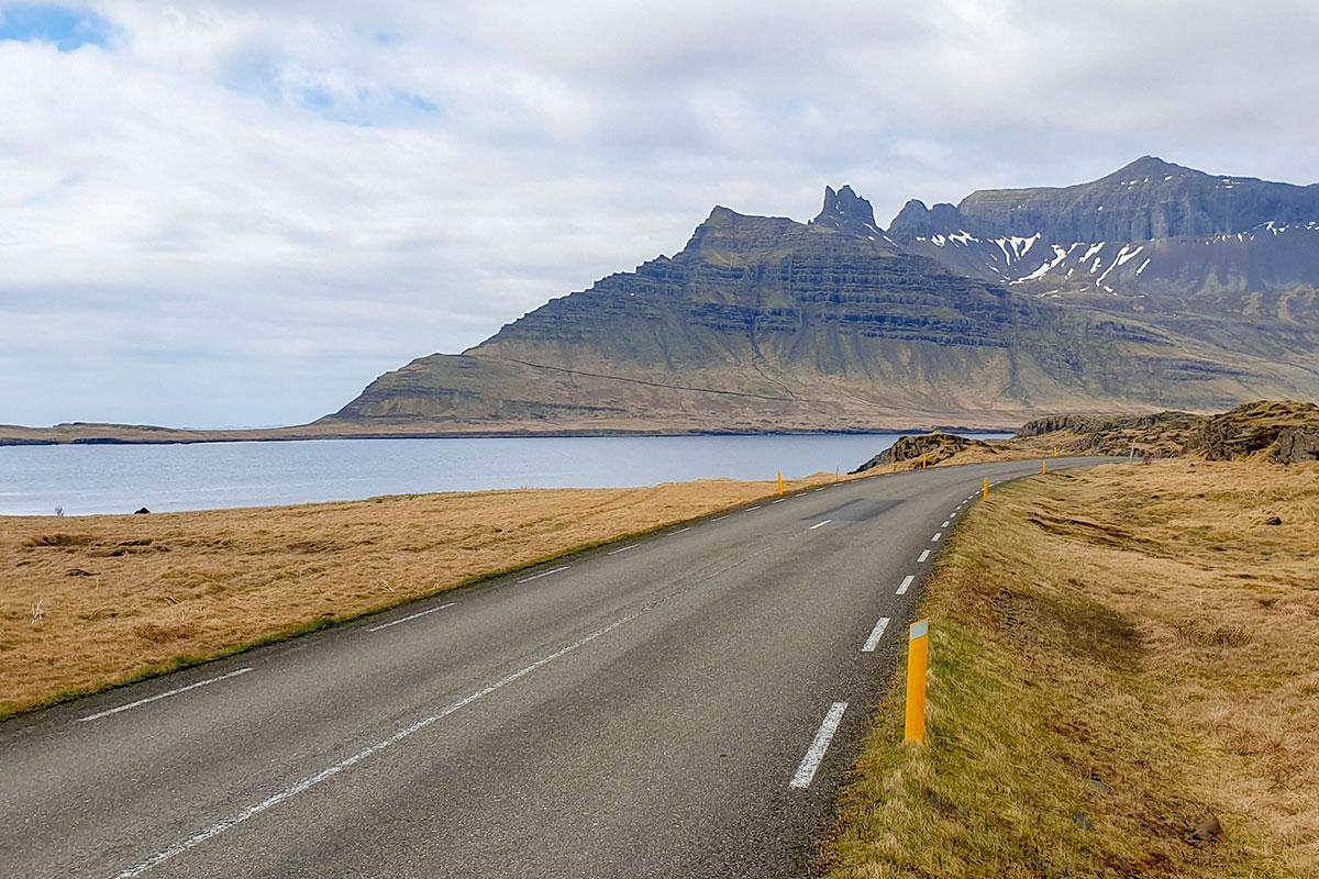 Horft yfir Stöðvarfjörð