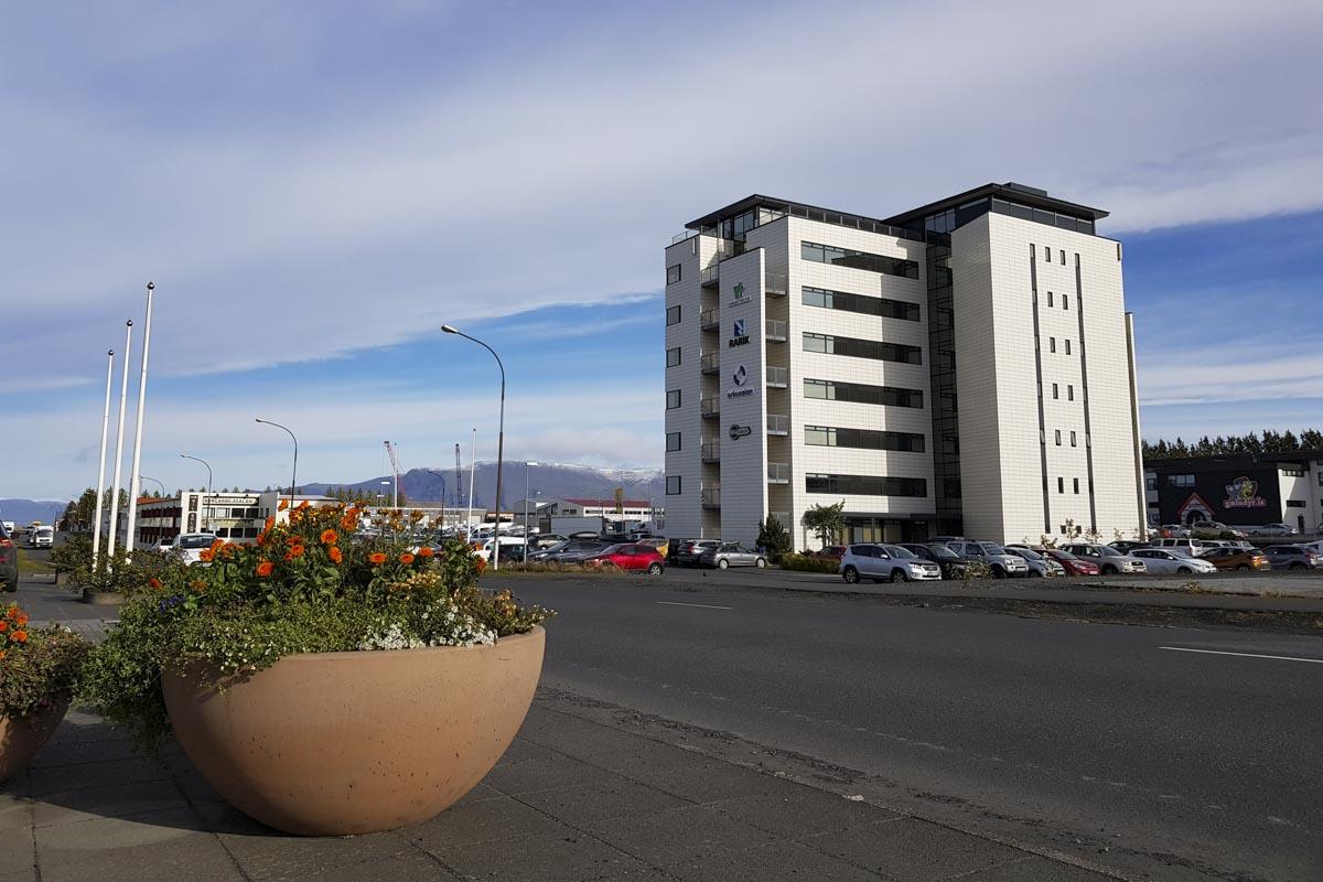 Takmarkaður opnunartími í þriðju bylgju COVID-19